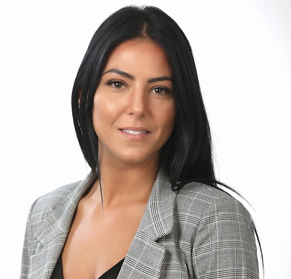 Ángela Mar asesora Inmobiliaria de MERAKI